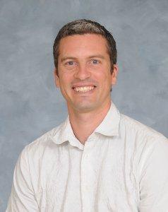 Raphaël Proulx, professeur au Département des sciences de l'environnement de l'UQTR