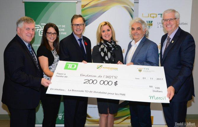 Généreuse contribution du Groupe Banque TD en soutien à la Boussole de durabilité pour les PME de l'UQTR