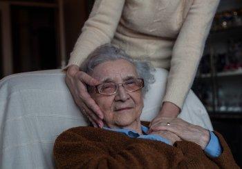 Maladie d'Alzheimer: placer l'histoire de vie au cœur des soins