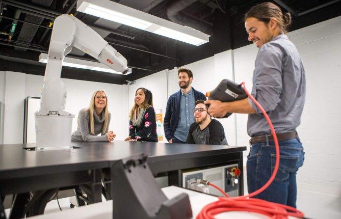 L'UQTR offrira le premier cheminement dual en génie mécanique au Canada