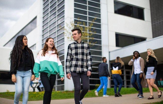 Les étudiants se font plus nombreux à l'UQTR