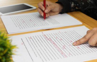 La révision en communication écrite: l'essentielle intelligence humaine