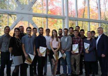 Quinze étudiants en génie mécanique se partagent 30 000 $ en bourses