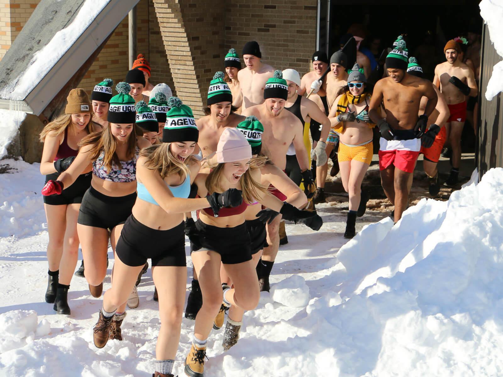 En images : des moments trippants au Carnaval étudiant 2020