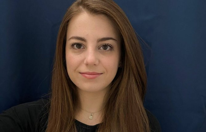 Elena Ulate-Kolitsky est finaliste au concours de l'AQPER