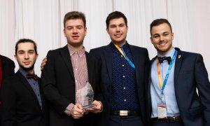 Les étudiants Guillaume Boissonneault, Andy Gagnon, Kévin Charland et Mathieu Harvey ont terminé en troisième place à l'épreuve de conception junior de la CQI 2020.