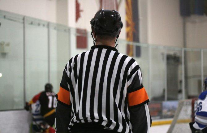 Les officiels en sport au Québec: l'état des lieux