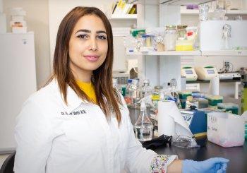 En vidéo: Manel Ghribi reprend ses travaux en laboratoire à la suite du déconfinement graduel