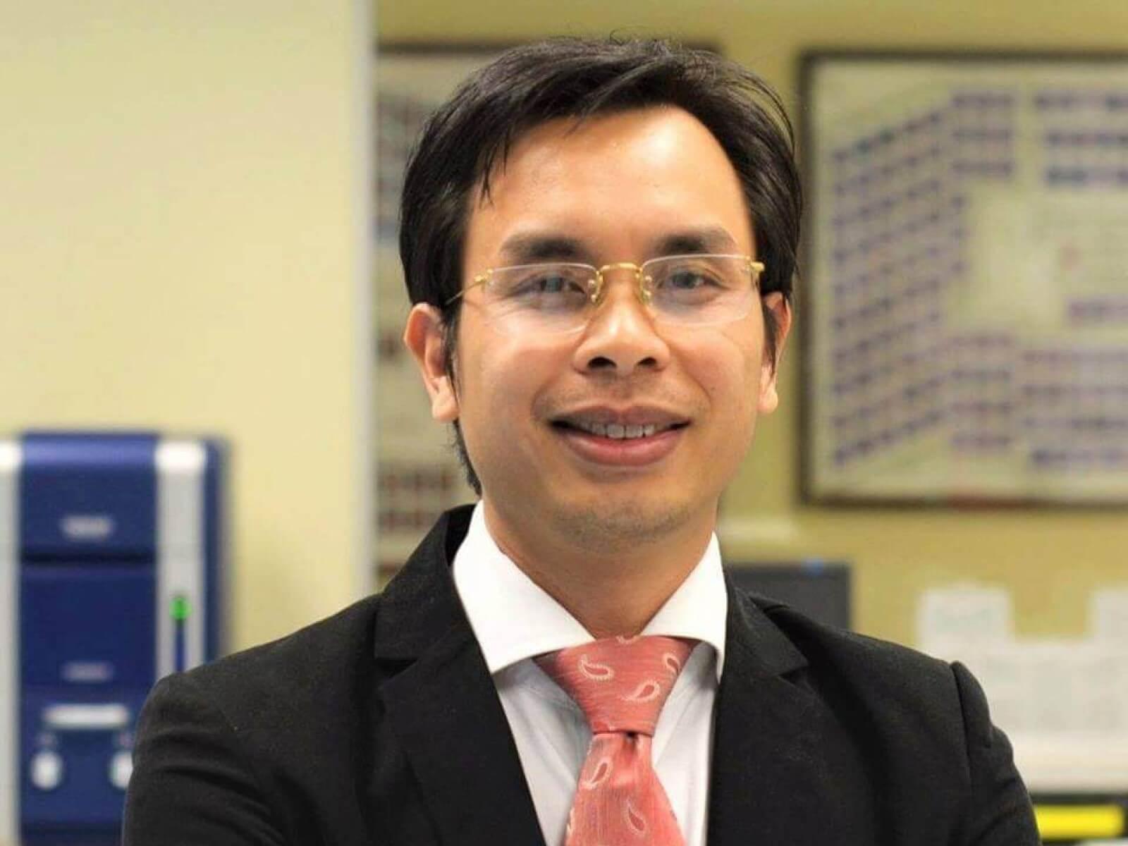 Le professeur Phuong Nguyen-Tri